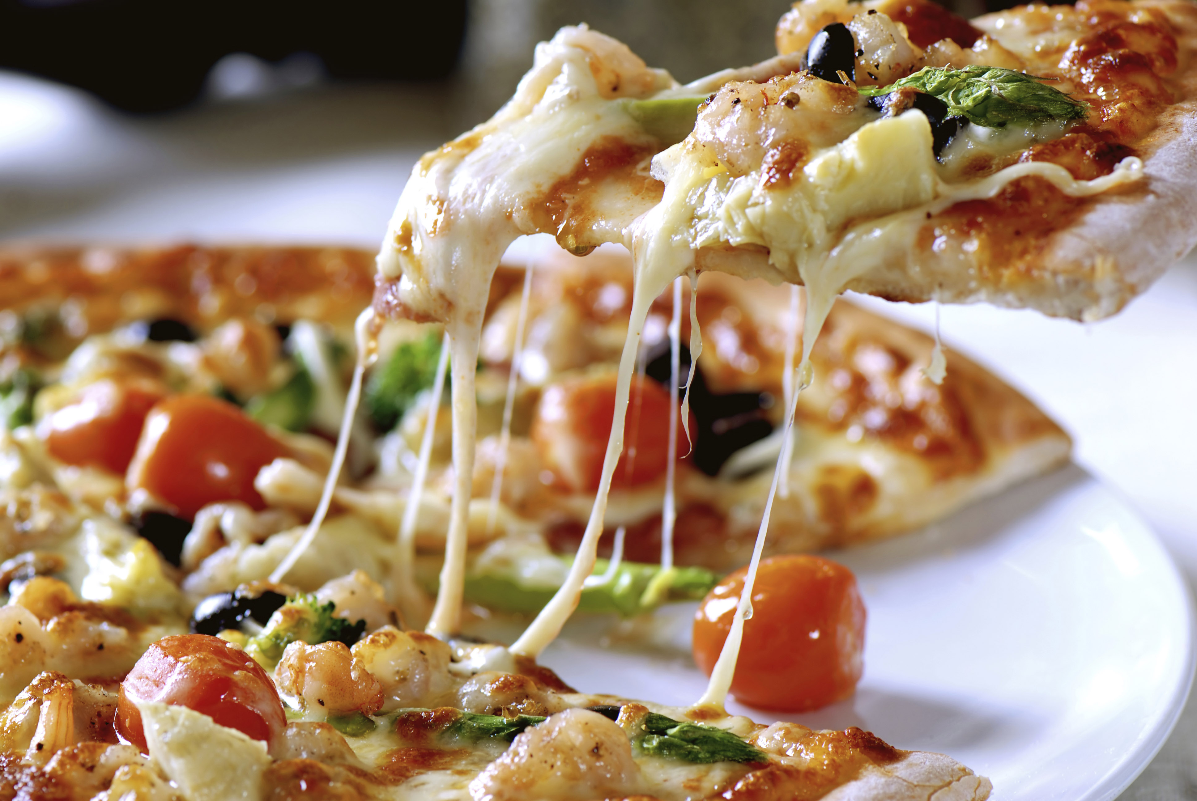 Quicker-and-cheaper-pizza-style-cheese